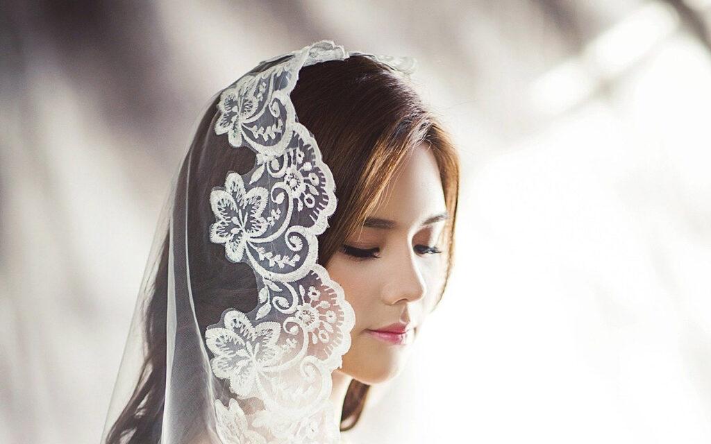 Jaki powinien być makijaż ślubny?